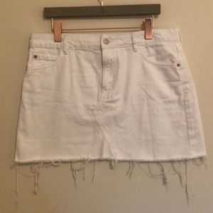 Mango cut-off White Jean skirt